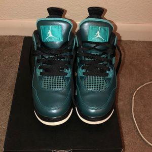 Jordan 4's teal